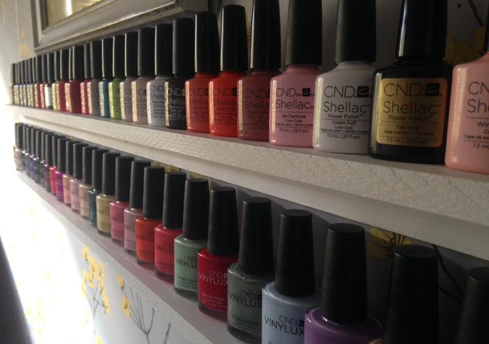 Get your Shellac nails done near Wadebridge!